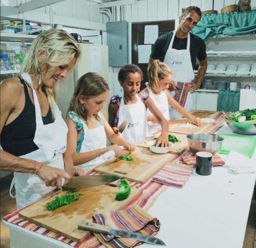 Cooking Wellness Class Maya Mountain lodge